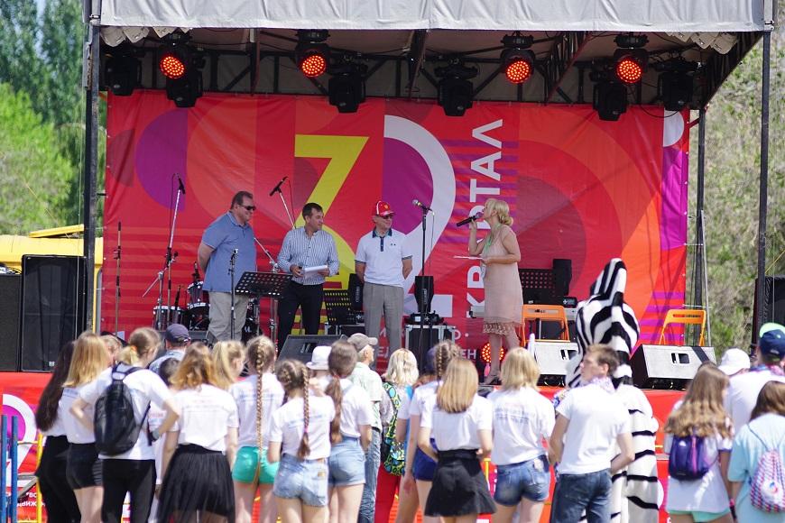 7 тысяч человек пришли на открытие обновленного сквера в Тольятти