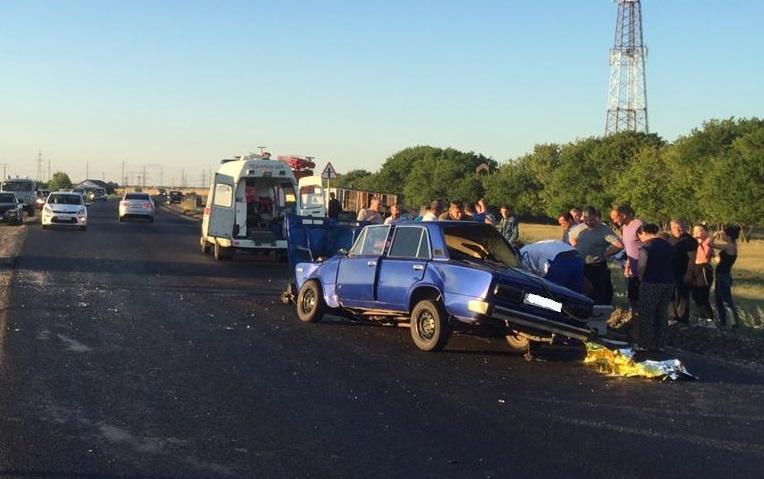 Два человека попали в реанимацию после столкновения машин на трассе под Тольятти