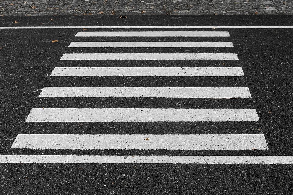 Тольяттинские водители не пропускают пешеходов на «зебрах»