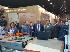 Тольяттинский дрон показали на Петербурском экономическом форуме