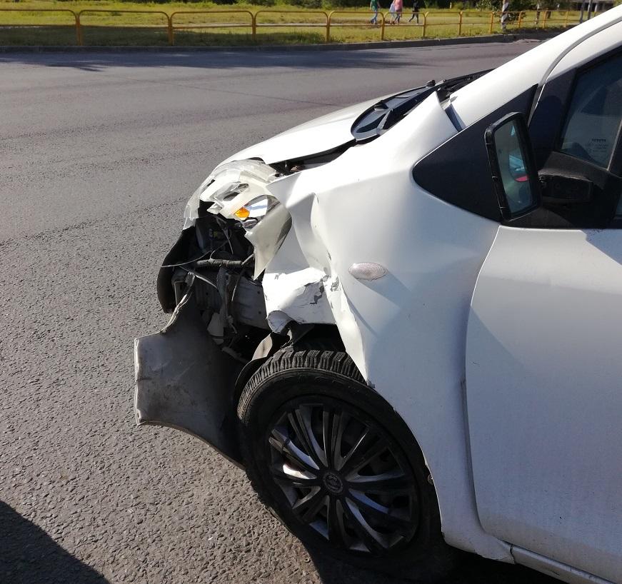 В Тольятти в аварии «Лады» и «Тойоты» пострадал 2-летний ребенок