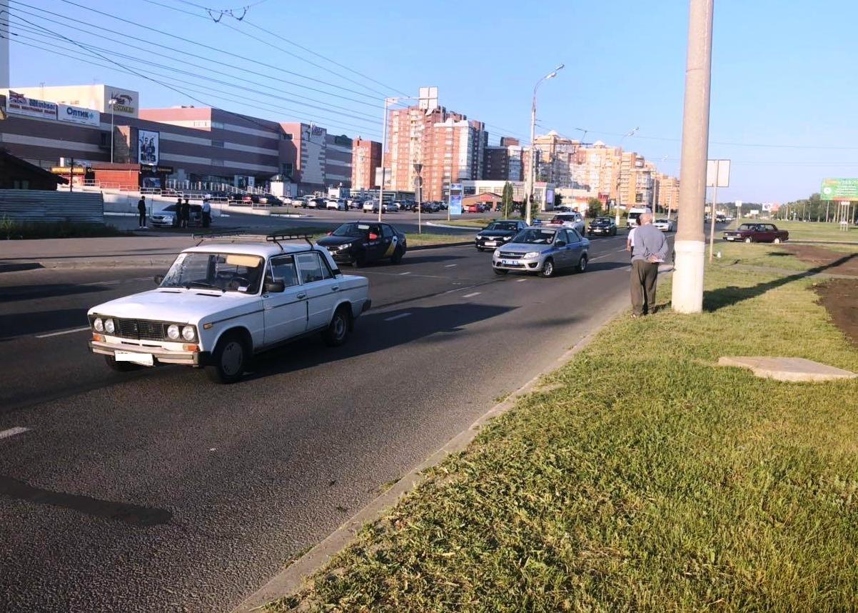 В Тольятти 77-летний водитель сбил двух девушек на «зебре»