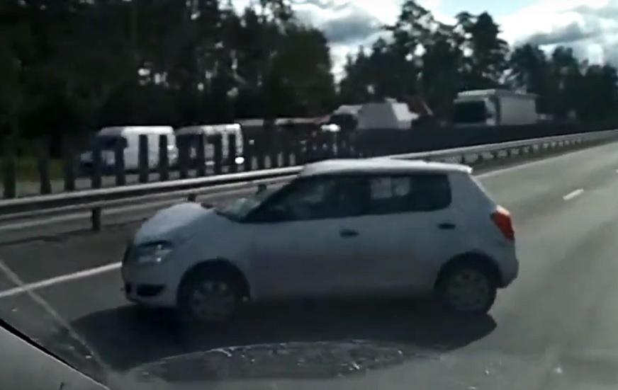 На трассе М-5 под Тольятти третий день пробки из-за аварий
