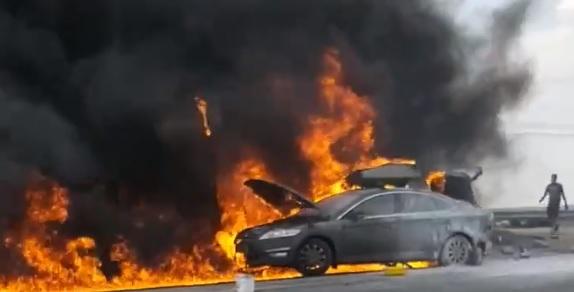 Под Тольятти на ГЭС полностью выгорела иномарка