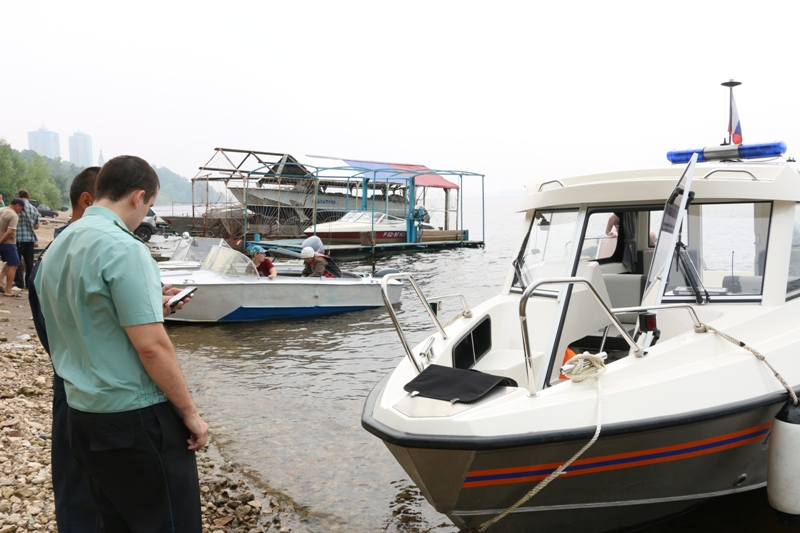 Москвич, похитивший 700 млн рублей, спрятал свою лодку в Тольятти