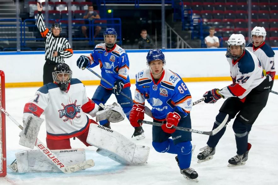 Триллер на льду: «Ладья» стала победителем турнира в Магнитогорске, обыграв в финале хозяев