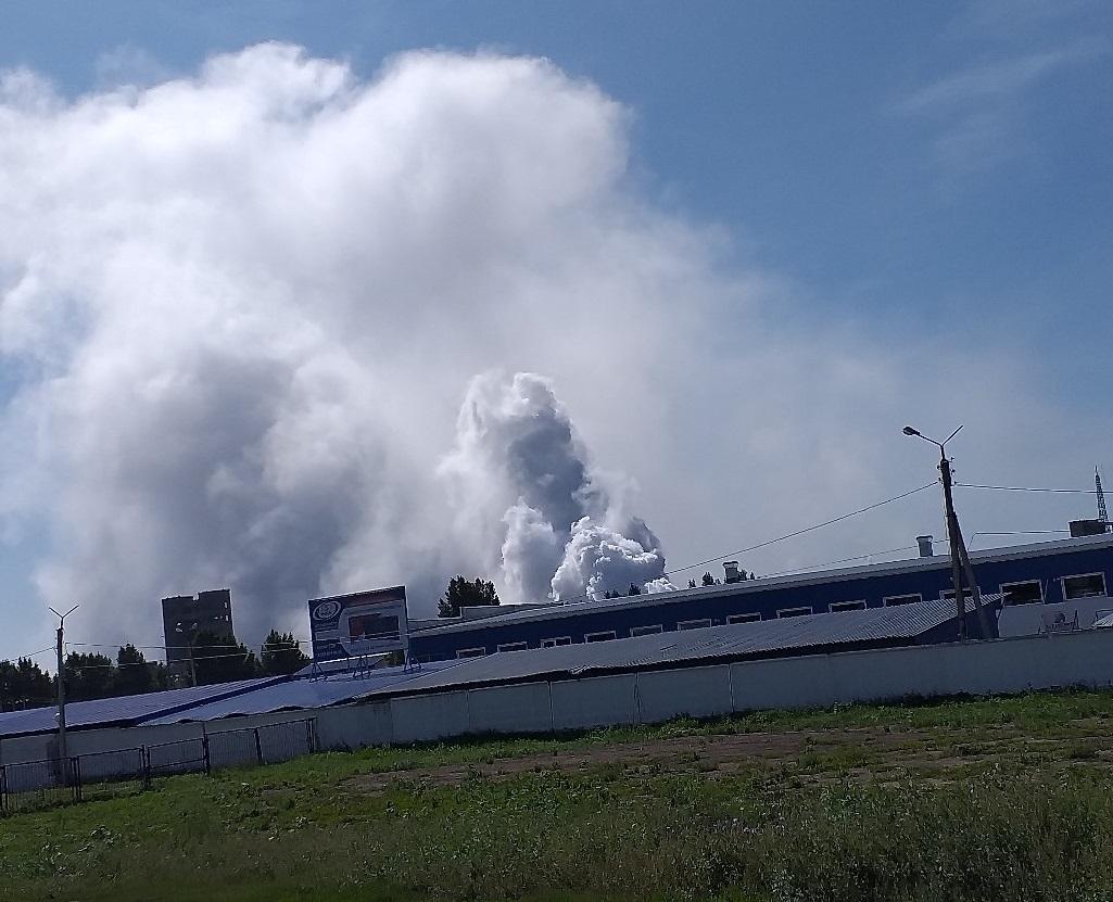 В Тольятти пожарные тушат возгорания на бывшем «Фосфоре»