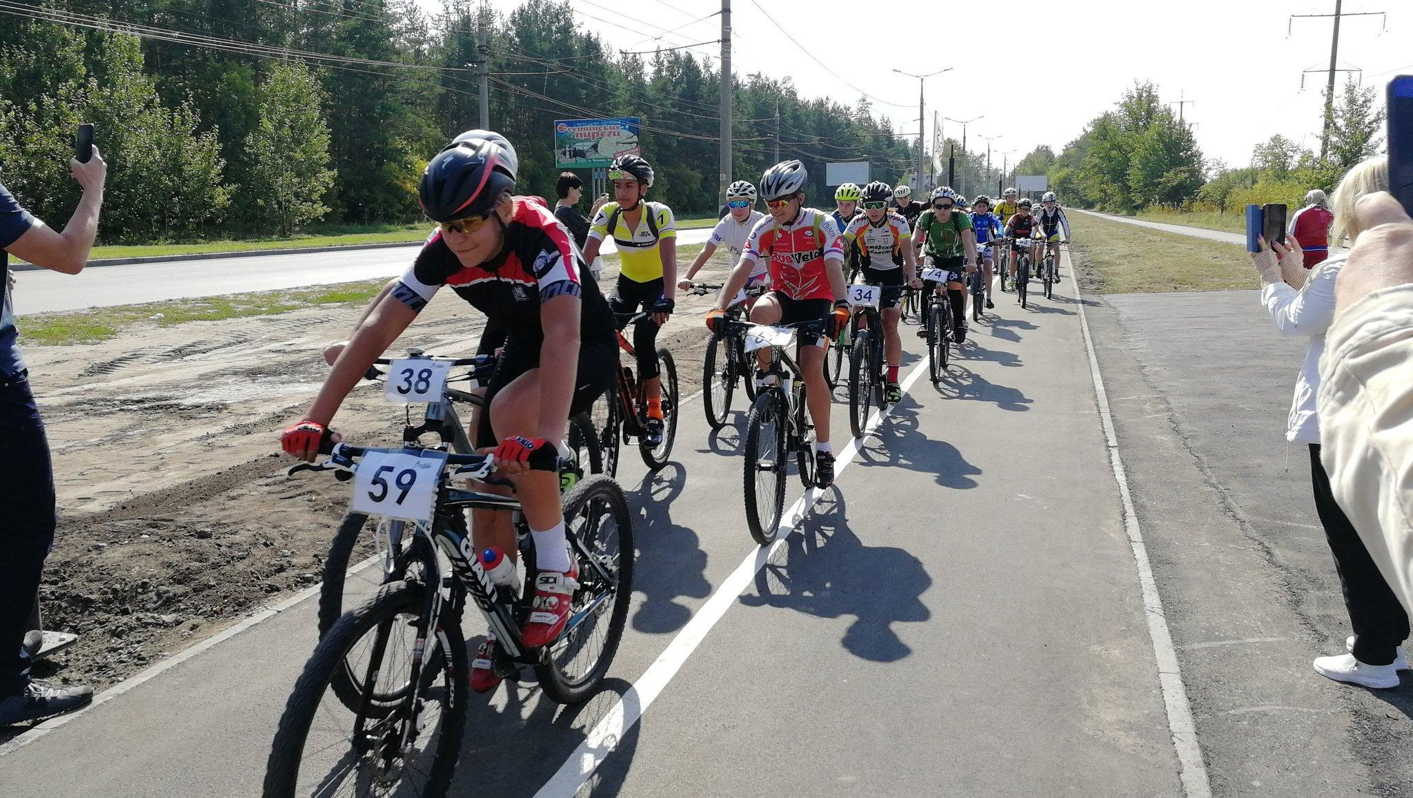 В Тольятти торжественно открыли новую велодорожку между Центральным районом и Портпоселком