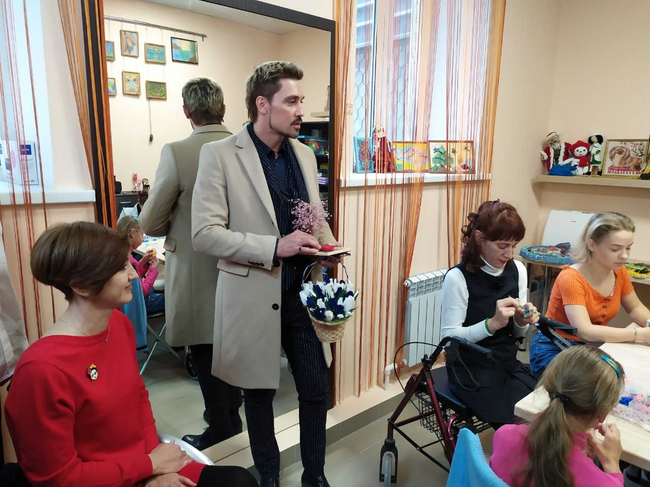 Загладил вину: Билан устроил в Самаре 2-часовой концерт и подарил детям инклюзивную площадку