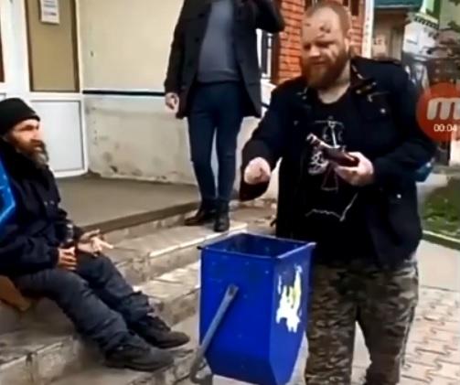 Под Тольятти мужчина выпил подарочную водку на камеру и умер
