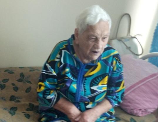 Родственник 94-летний бабушки рассказал, почему она жила в курятнике
