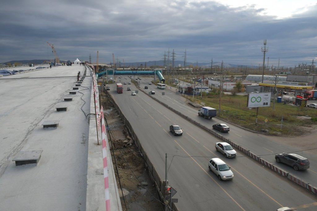 «Разгильдяйство»: Азаров раскритиковал подрядчика за срыв сроков строительства развязки на М-5 в Тольятти