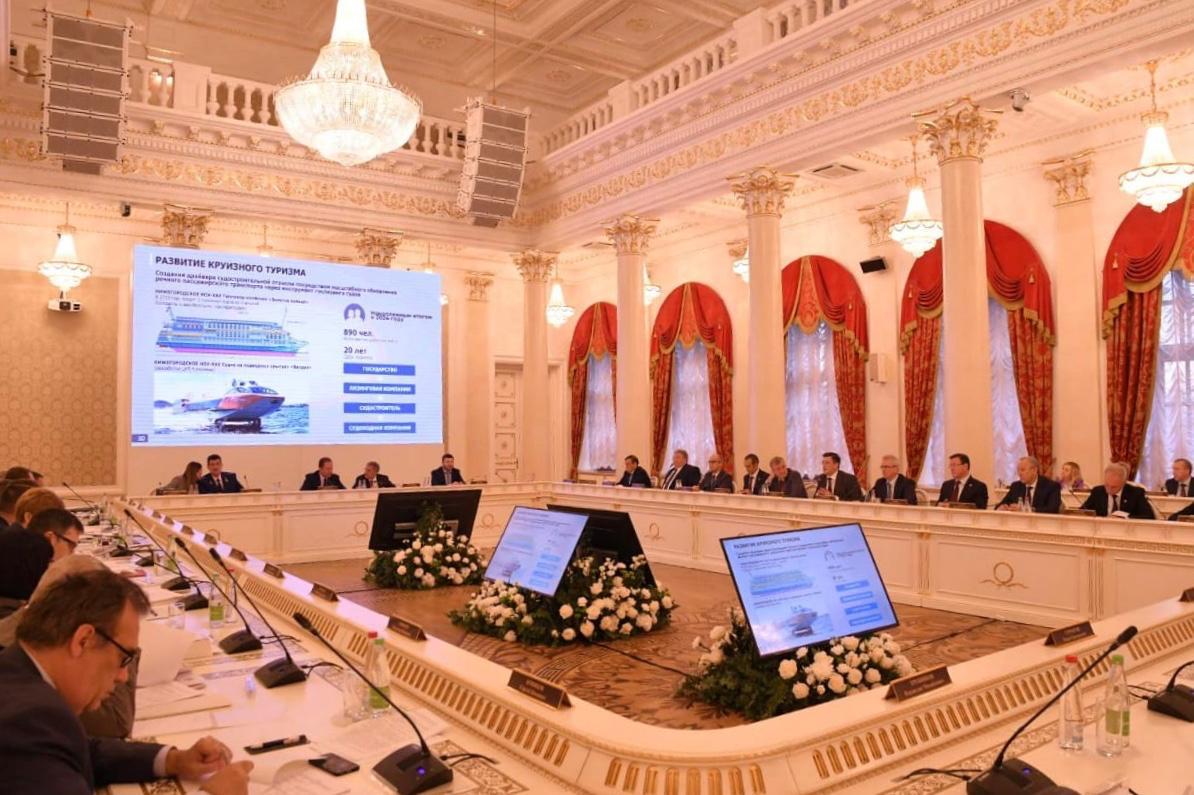 Дмитрий Азаров принял участие в Совете ПФО, посвященном развитию туризма