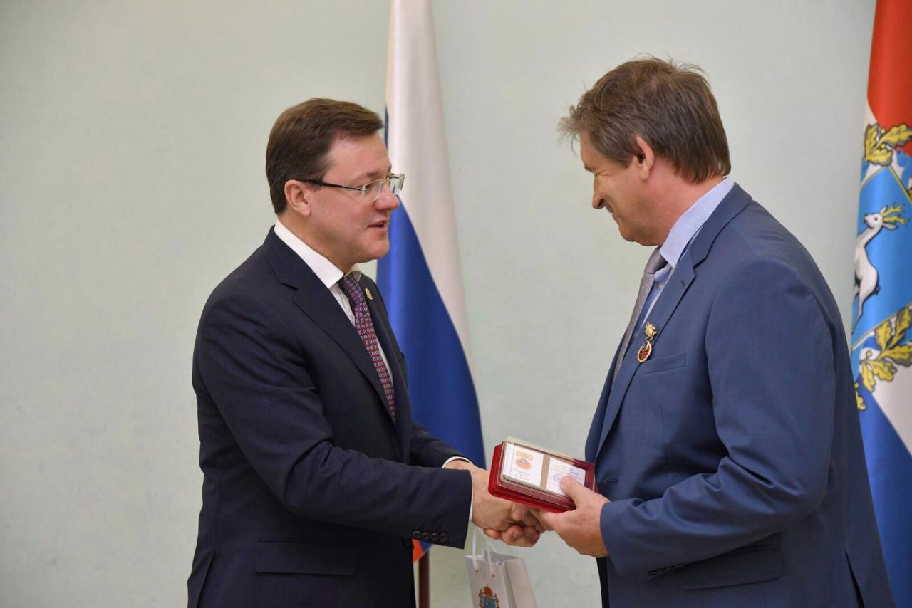 Флагман — АВТОВАЗ: Губернатор вручил награды лучшим работникам машиностроительного комплекса