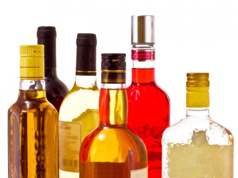 Названо число алкоголиков в России