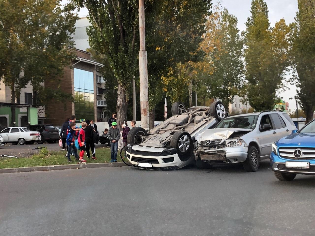 Лишали прав 5 раз: Стали известны подробности аварии с перевернувшимся «Фольксвагеном» в Тольятти