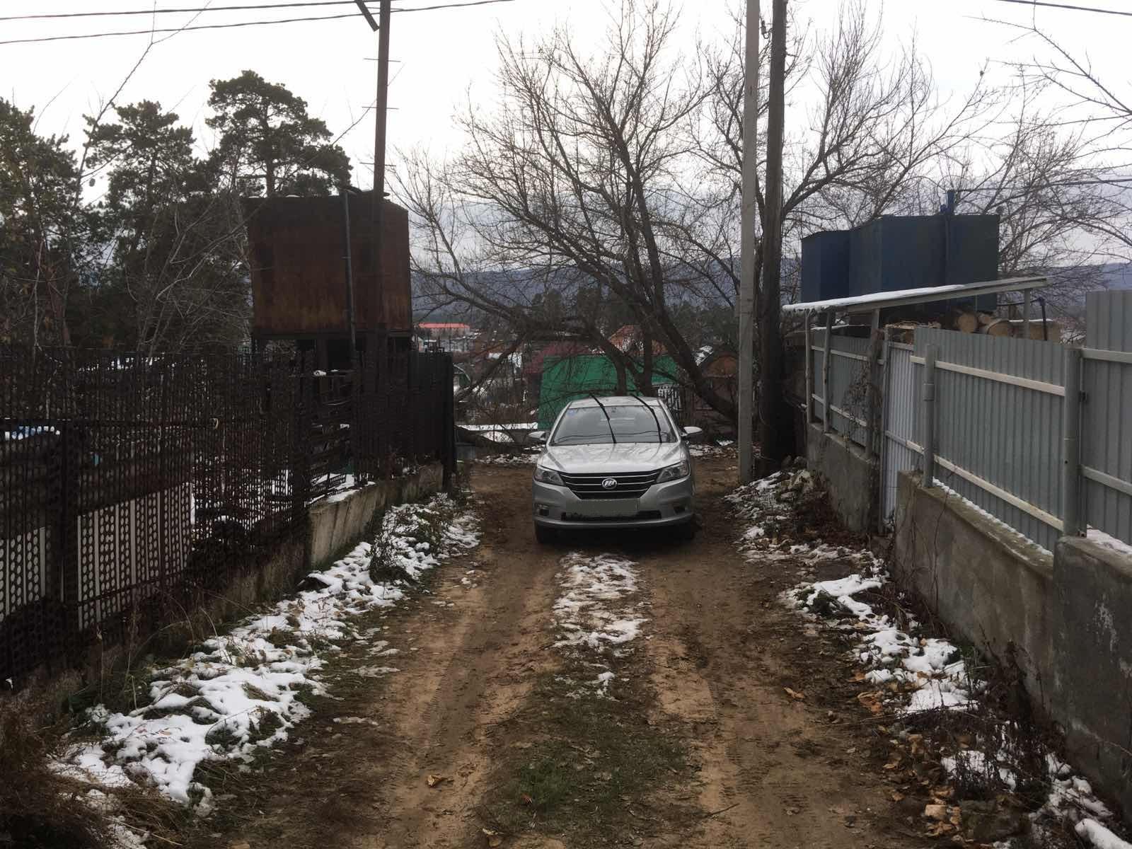 Под Тольятти машина переехала своего водителя