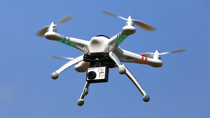 Им сверху видно все: В Самарской области ремонт крыш начали проверять с помощью дронов