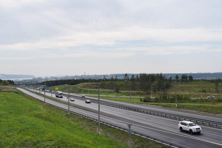 Погибших и ДТП стало меньше: За год в Самарской области отремонтировали 120 км дорог