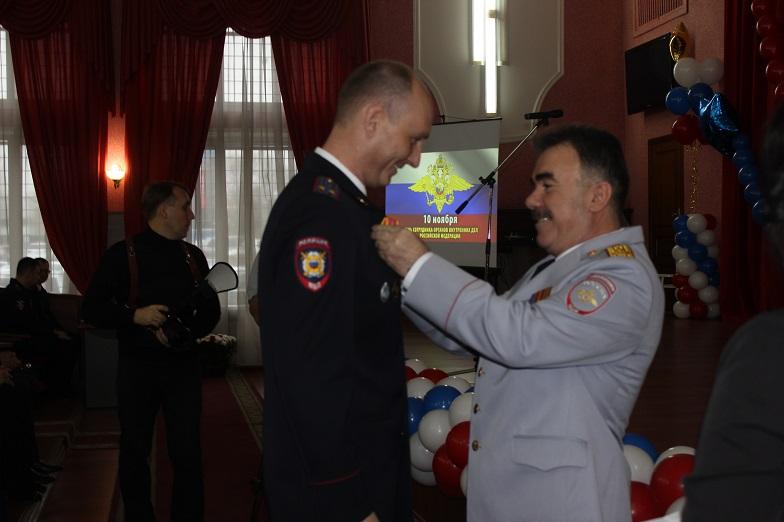 В Тольятти поздравляли полицейских