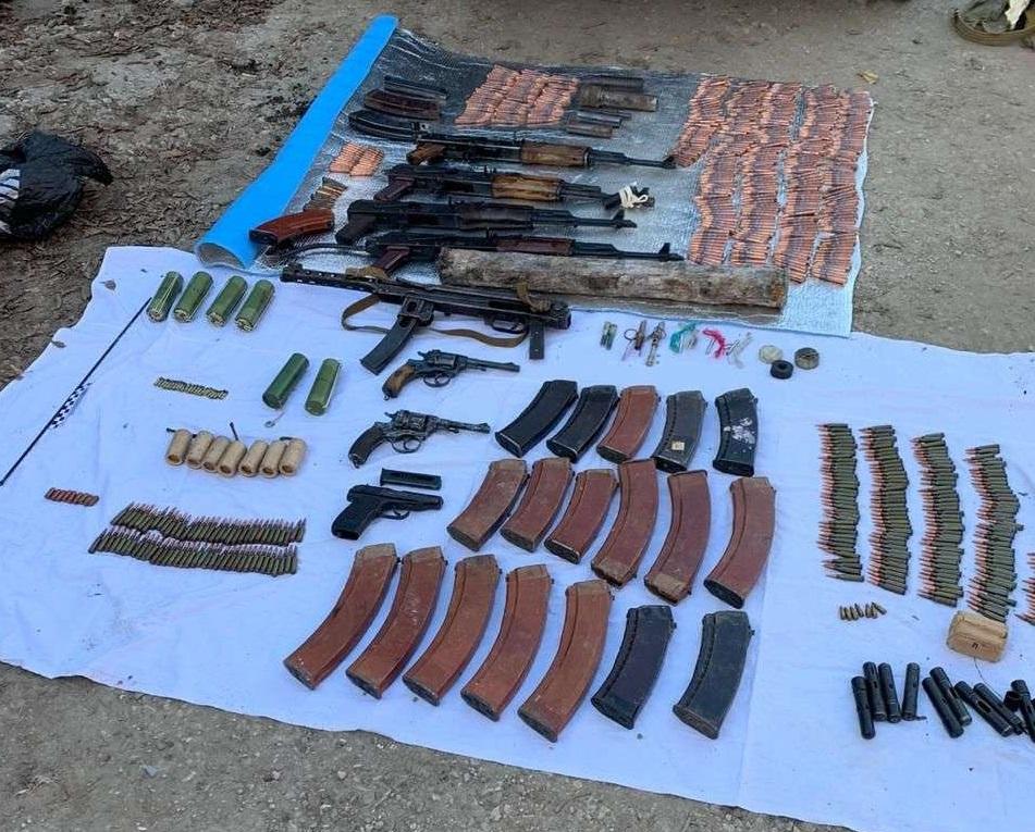 В Самарской области нашли бандитский «схрон» с автоматами