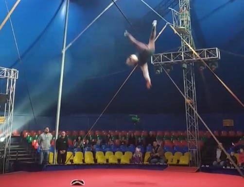 В Тольятти врачи спасли жизнь канатоходца, сорвавшегося с высоты в цирке