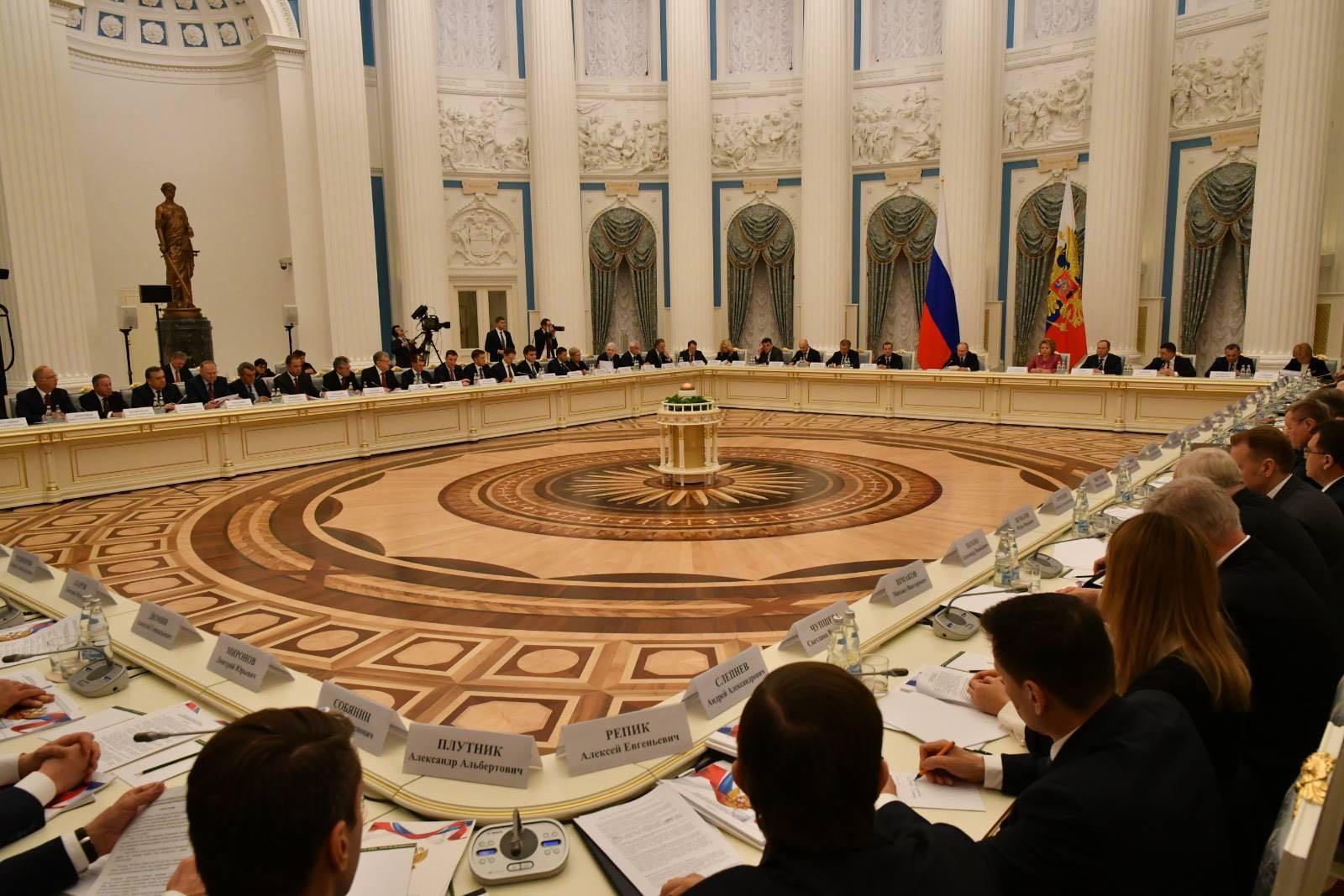 Итоги первого года реализации нацпроектов обсудили на Совете при Президенте РФ
