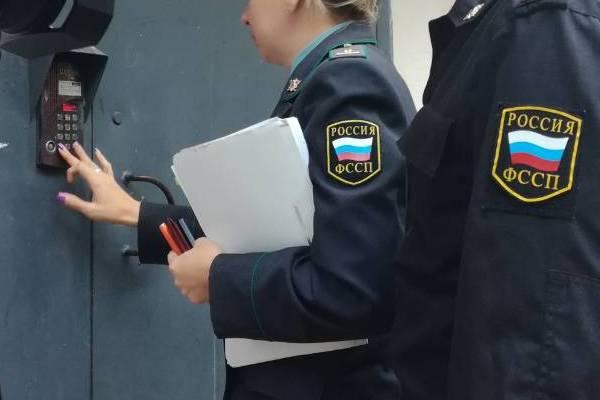 Тольяттинец не смог продать комнату в общежитии из-за долга в 600 тысяч рублей