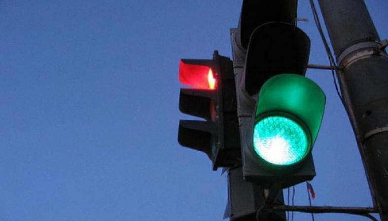 Власти Тольятти сообщили, когда и где заработают новые светофоры