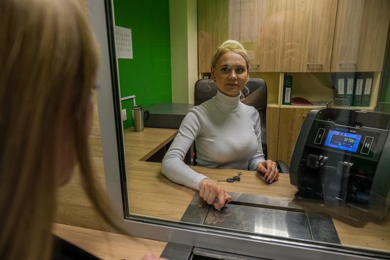 Эксперты рассказали, как быстро и безопасно получить деньги без обращения в банк