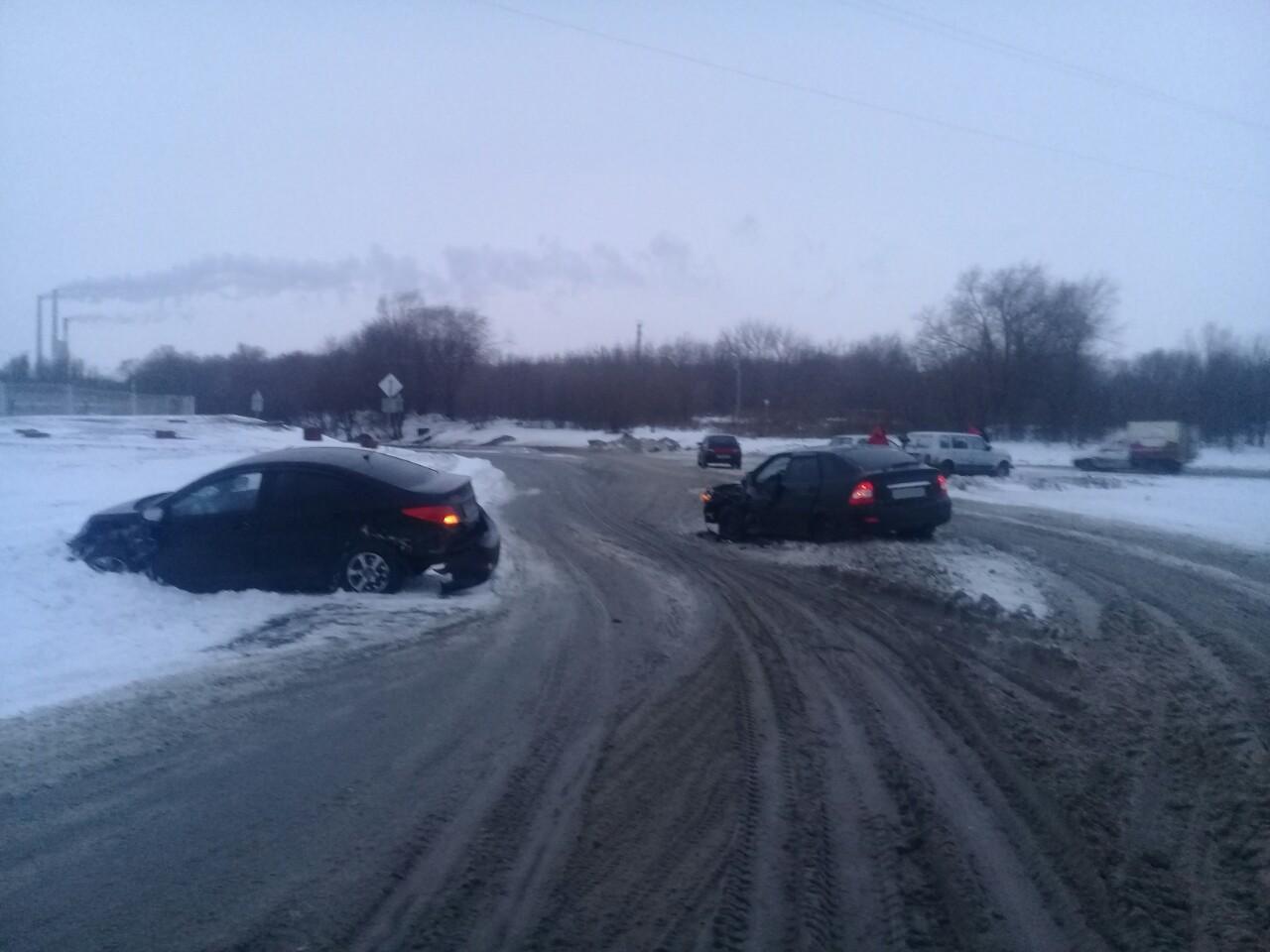 В Тольятти мужчина пострадал в столкновении трех машин