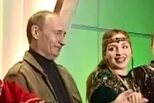 Опубликовано видео танца Путина и Буша-младшего