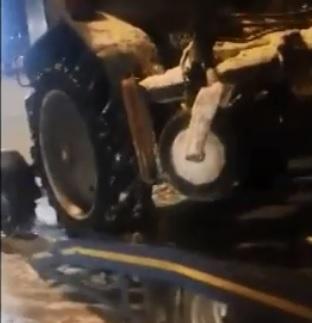 В Самарской области пьяный снегоуборщик без прав нарушал правила на дороге