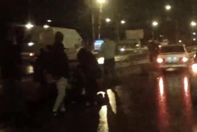 В Тольятти иномарка сбила на переходе двух женщин