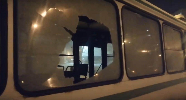 Полиция проверяет, кто обстреливает автобусы в Тольятти