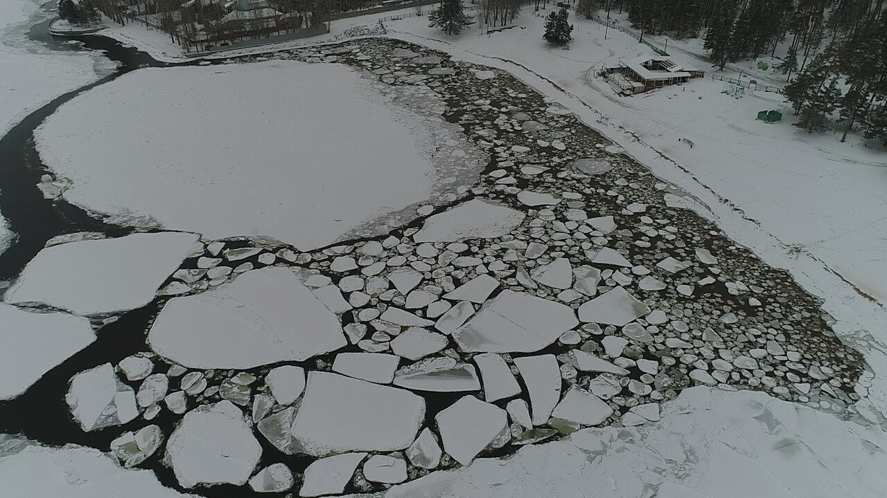 В Тольятти из-за аномалий на Волге не сформировалось ледовое поле