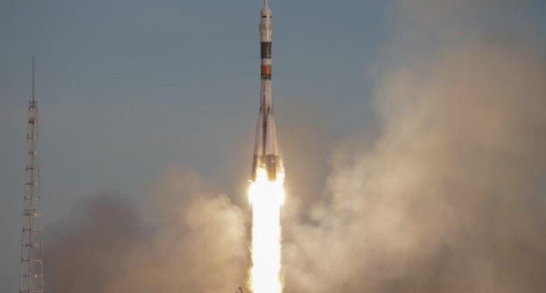 Самарские ученые предложили убирать космический мусор с помощью гарпуна
