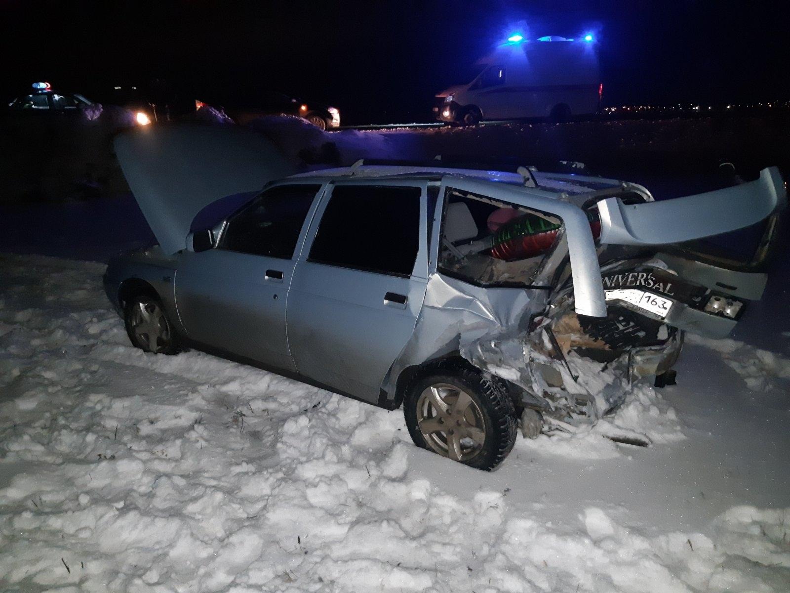 В Самарской области ведут розыск водителя, бросившего пострадавших людей в аварии на М-5