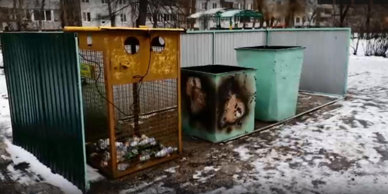 В Тольятти пытаются разгадать тайну серийного поджигателя школьной мусорки
