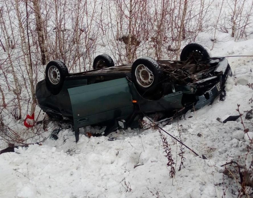 Под Тольятти в перевернувшемся авто скончались водитель и пассажир