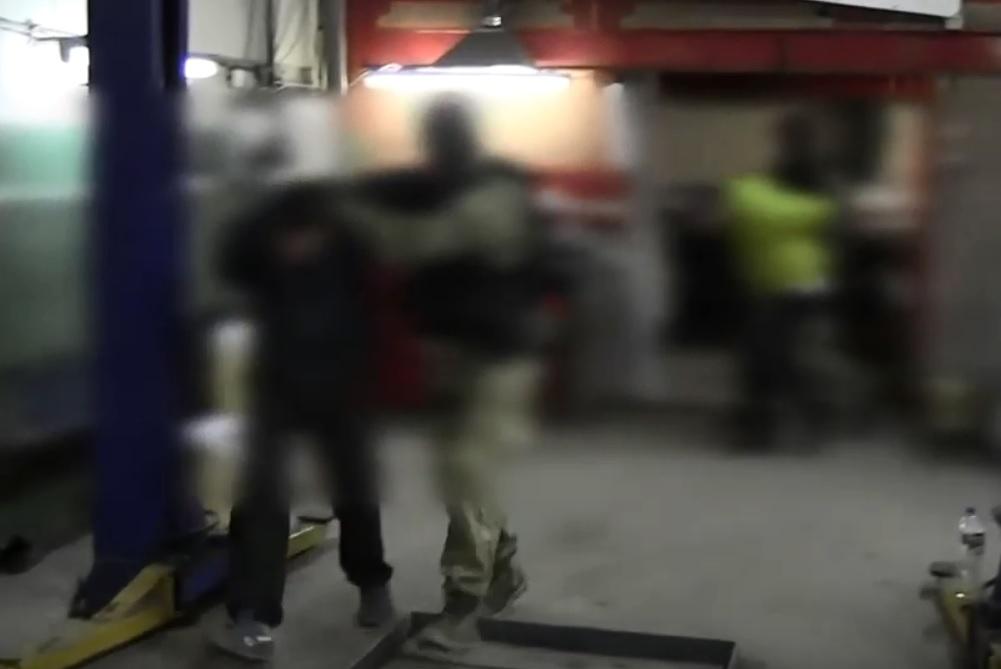 На видео попал захват наркодельцов в Тольятти