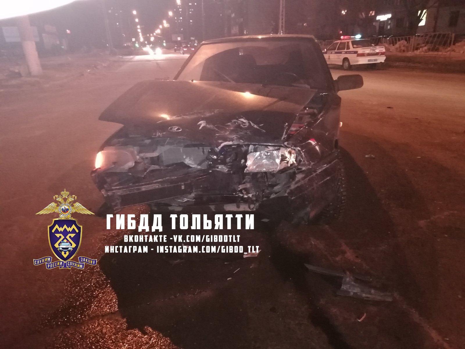 На тольяттинских дорогах в двух авариях пострадали люди