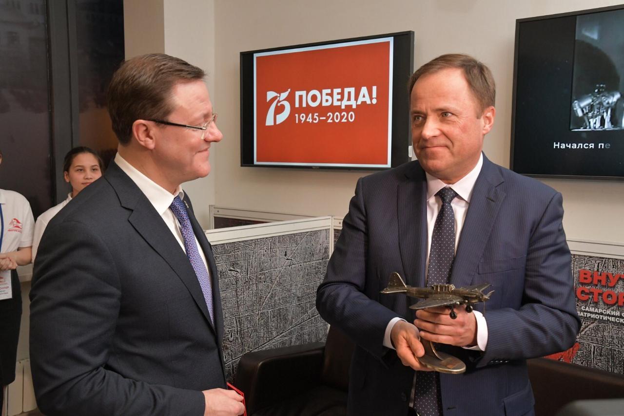 Дмитрий Азаров познакомил Игоря Комарова с патриотическим проектом «Внутри истории» 
