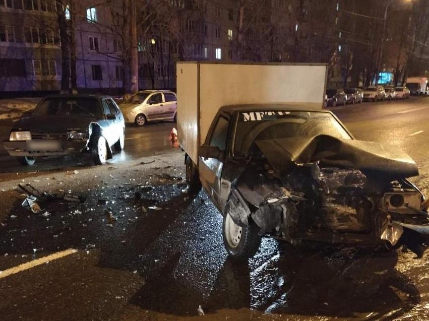 За один день в Тольятти в дорожных происшествиях пострадали 5 человек
