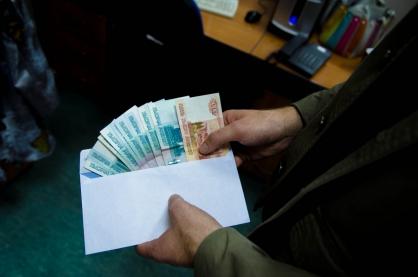 В Тольятти гражданин пытался откупиться от армии за 200 тысяч рублей