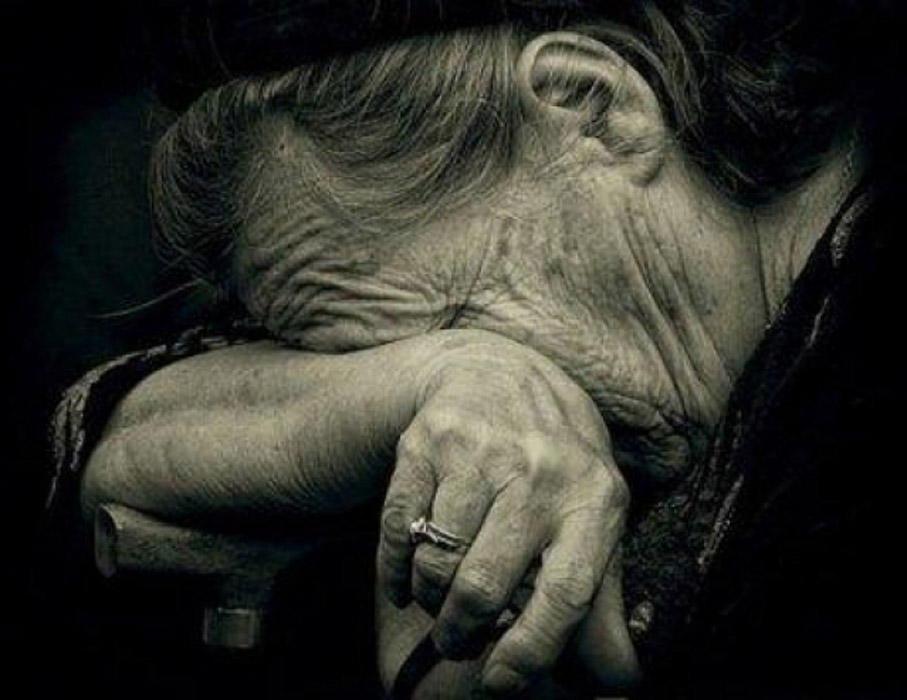 Минздрав назвал симптомы коронавируса у пожилых людей