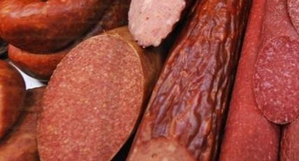 В самарской колбасе нашли фермент, который подозревают в развитии болезни Альцгеймера