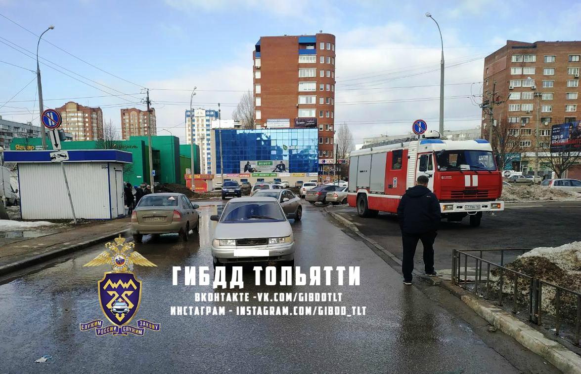 В Тольятти 10-летнюю школьницу сбили во дворе дома