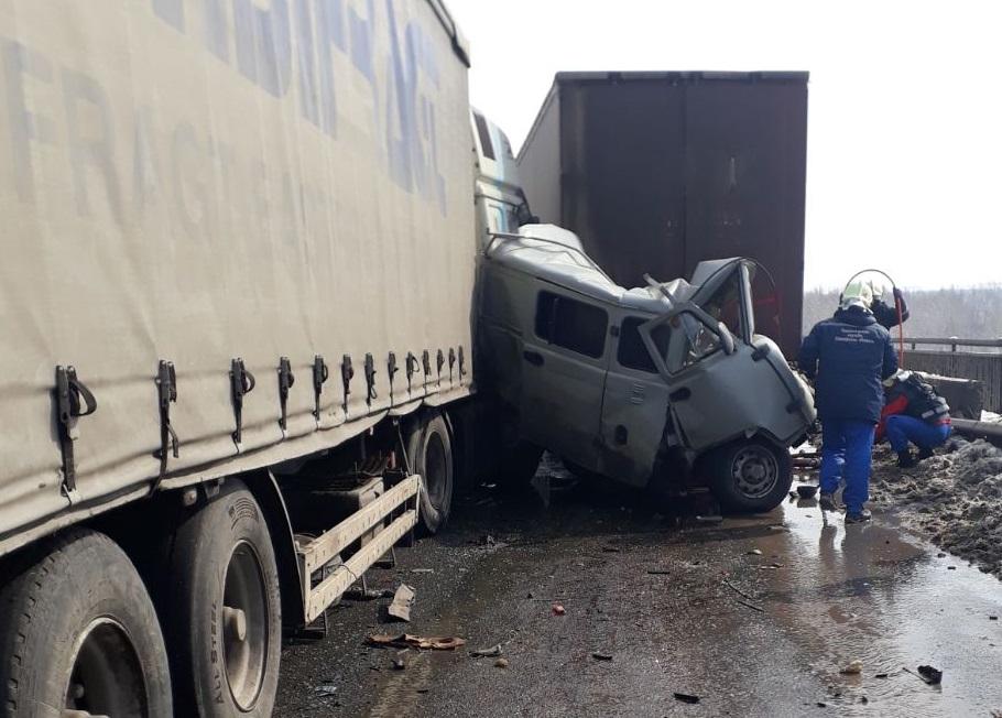 Полиция сообщила подробности массовой аварии в Самарской области