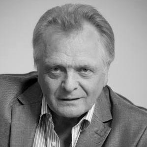 В Тольятти скончался народный артист России Виктор Дмитриев